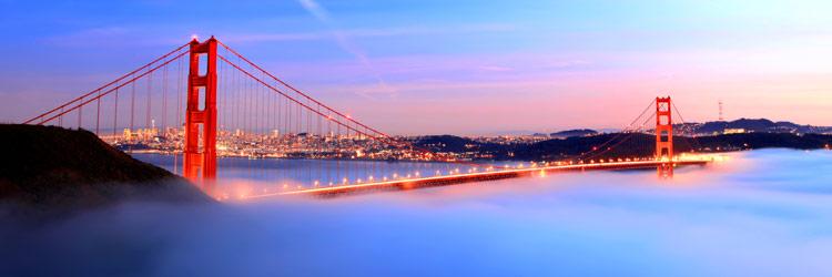 Coucher de soleil en catamaran dans la baie de San Francisco