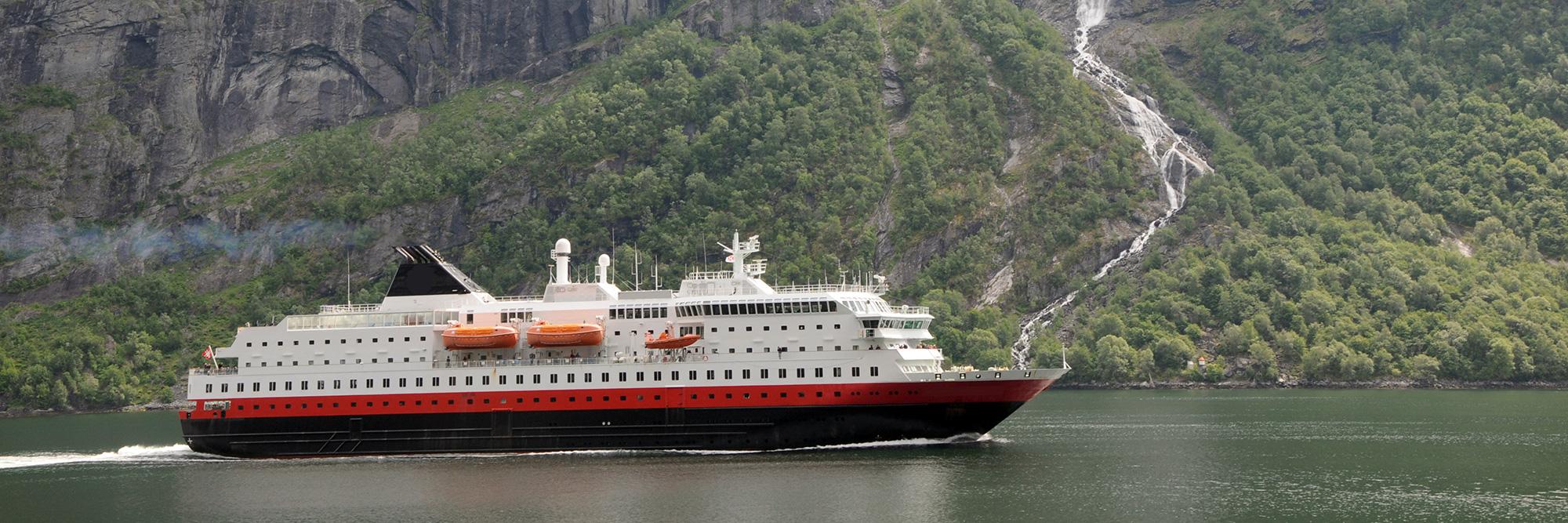 Express côtier Hurtigruten (bateau)