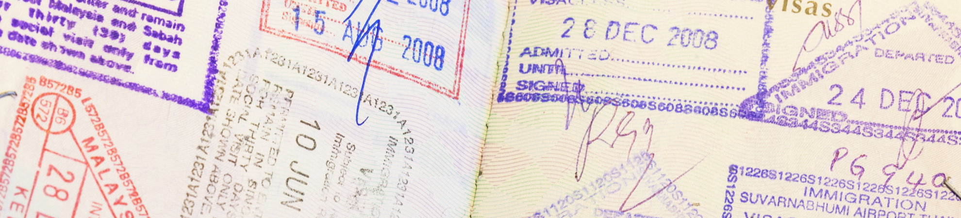 Passer à la douane avant son circuit au Vietnam