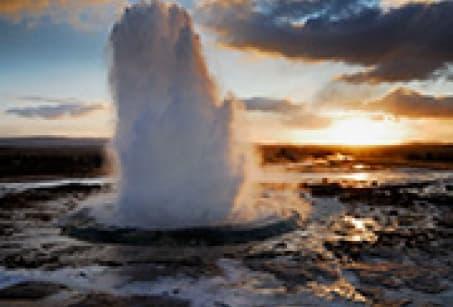 Geysers, glaciers et sources chaudes