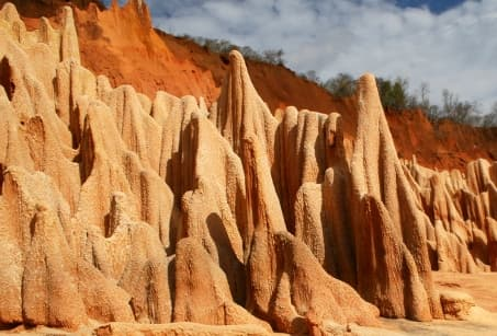 Madagascar, de l'ocre à l'azur
