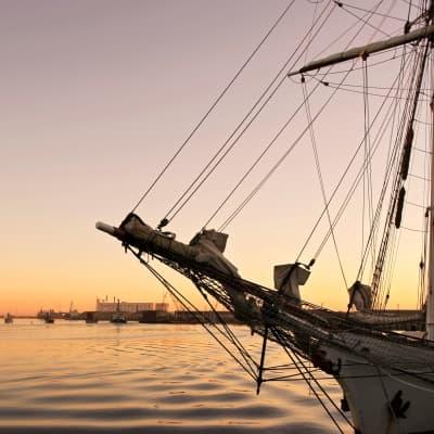 Croisière et dîner au coucher du soleil dans la baie