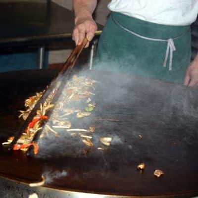 Soirée populaire mongole : restaurant/karaoké