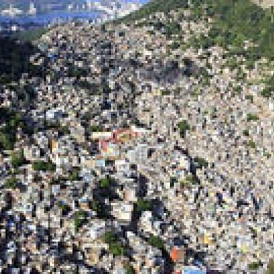 Dans les favelas