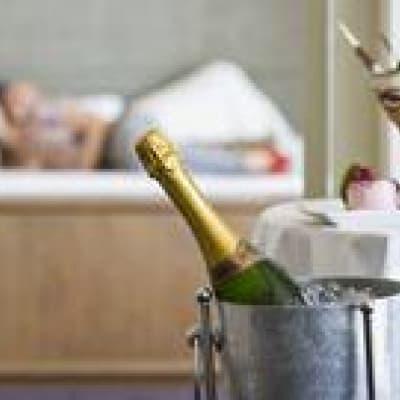 Panier de luxe pour un pique-nique romantique