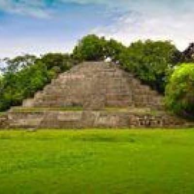Immersion dans une communauté Maya et découverte de surprenantes ruines