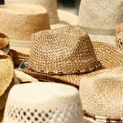 Visite d'une fabrique de chapeaux de paille
