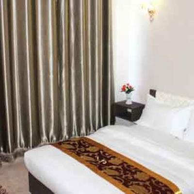 Hotel Mont Khangai