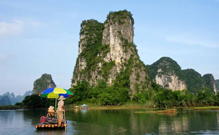 Croisière en radeau de bambou sur la rivière Li