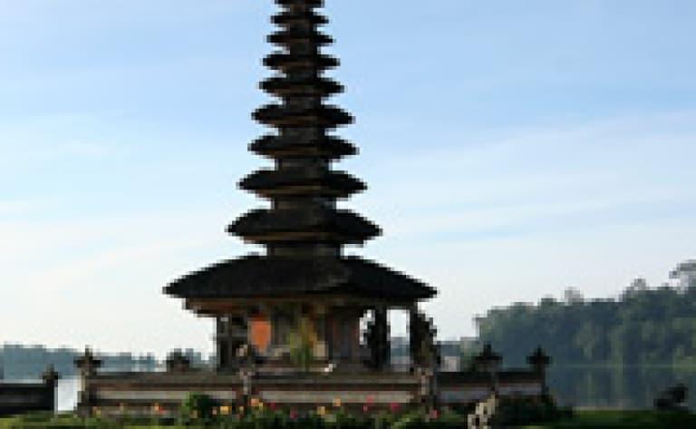 Les temples de Tanah Lot et de Mengwi
