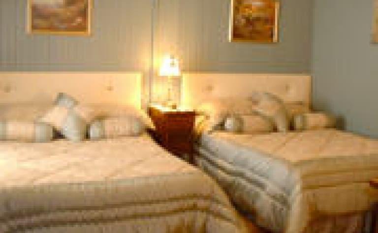 Hotel Lac Edouard