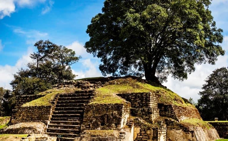 Sur les traces des anciens Mayas…