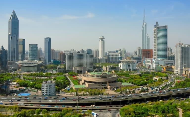 Temple du Bouddha de Jade, le Jardin Yu et la vieille ville, Le Musée d'arts et d'Histoire de Shanghai