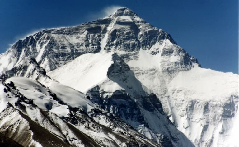 Lever de soleil sur la chaîne Himalayenne