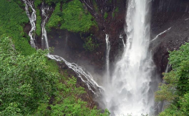 Lac Chuzenji et cascade Kegon