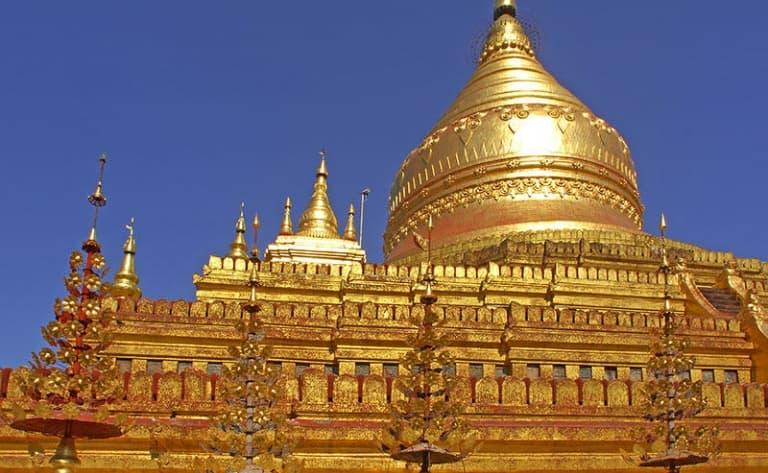Vol pour le Myanmar et visite de Yangon