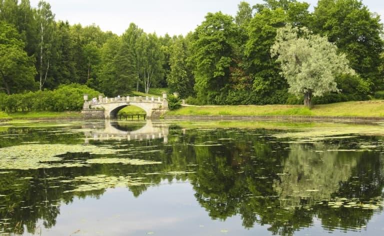Entre palais et parcs des villes impériales…