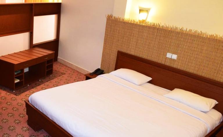 Hotel Ispahan