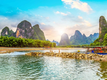 Guilin, paysages et pics karstiques envoûtants