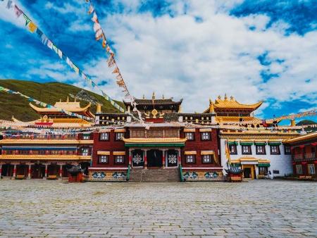 Monastère de Sakya, premier temple de la secte Sakya