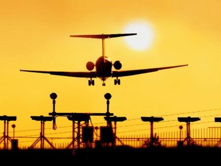 Départ sur vol régulier Jet Airways via Bruxelles