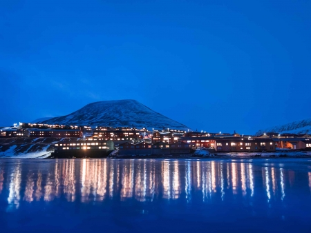 Envol pour le Spitzberg via Oslo