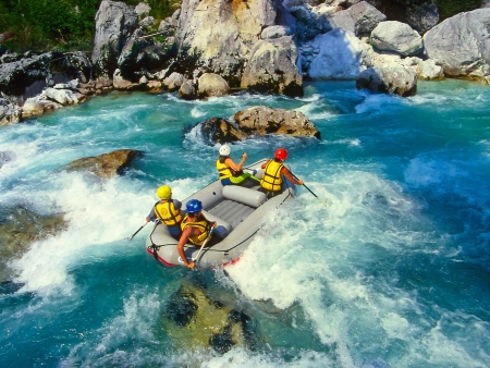 Rafting sur les eaux déchaînées de la rivière Kelani