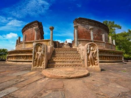 Balade en vélo entre les temples bouddhistes