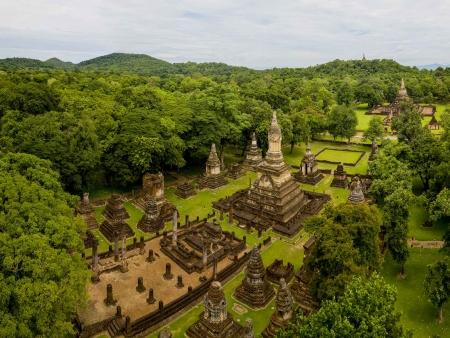 Traversée de la campagne de Sukhothai