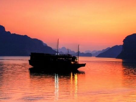 Ma Jonque en Baie d'Halong