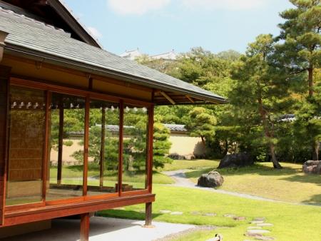 Visit Himeji Castle and Koko-en garden
