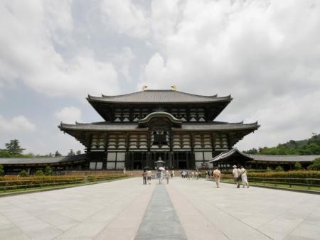 Nara Park, Gango-ji and Todai-ji temples