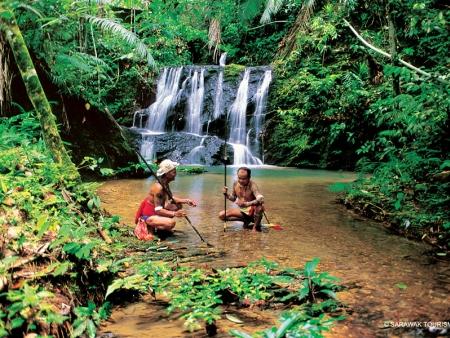 Swimming in the Lipad waterfall