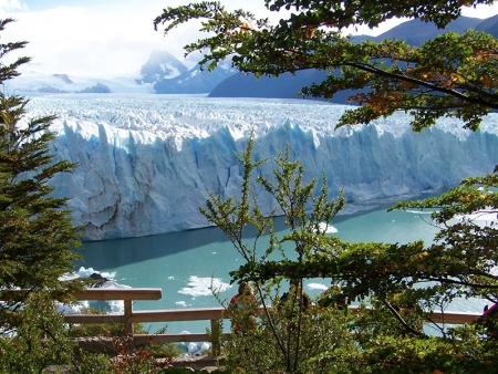 Spectacle magique et enchanteur au Glacier Perito Moreno