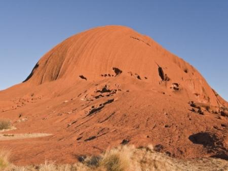 Lever et coucher de soleil sur les roches pourpres