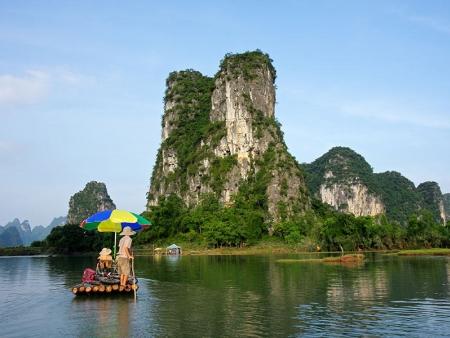 Les pitons rocheux de Phang Nga