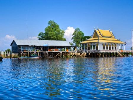 Sur les flots du Tonlé Sap