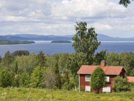 Sur les rives du lac Siljan