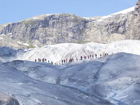 Randonnée sur le plus grand  glacier d'Europe