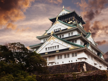 Visit Koko-en and Korakuen Japanese gardens and castles