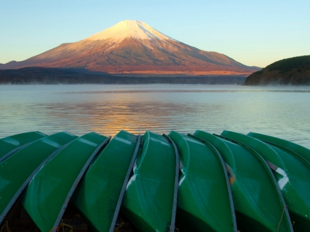 Hot springs near Lake Ashi, Mount Fuji and cruise on the Lake