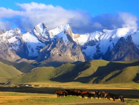 La route la plus belle du Kirghizstan
