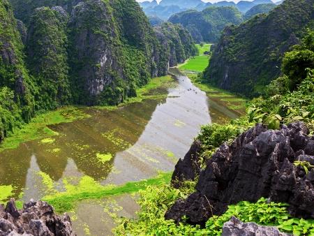 La célèbre baie d'Halong terrestre